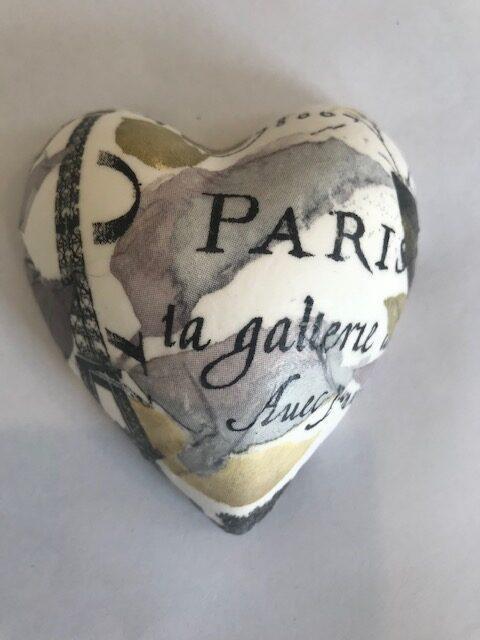 Paris Galleria Small Heart rotated